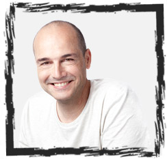 Jean-Paul Mazzone, formateur en graphisme chez Lignes et Formations