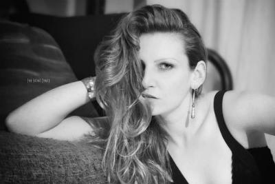 Rencontre Chelsea Fretin, élève créatrice-styliste de mode Lignes et Formations, élue meilleure élève de l'atelier défilé 2018.