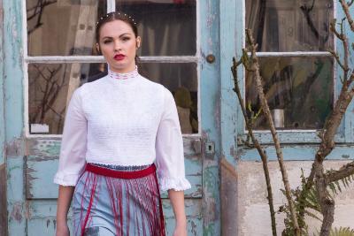 Découvrez le travail de Silva Sargsyan, ancienne élève Lignes et Formations et fondatrice de sa propre marque de vêtements.